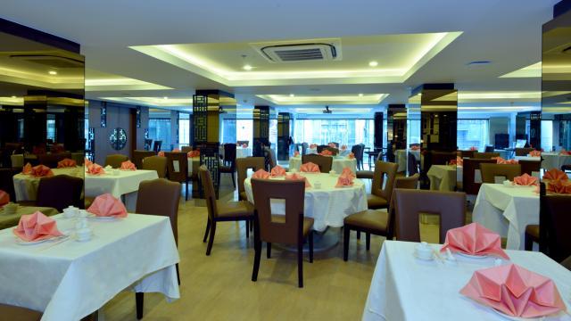Madarin Garden Chinese Restaurant Hotel Royal Bangkok Restaurant Bangkok Book With