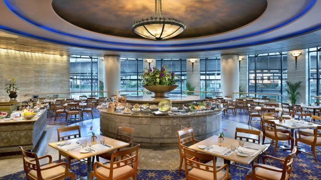 ออร์คิด คาเฟ่ @ โรงแรม เชอราตันแกรนด์ สุขุมวิท กรุงเทพ (Orchid Cafe @ Sheraton Grande Sukhumvit Hotel)