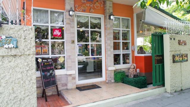 Home Kitchen Restaurant Langsuan Bangkok