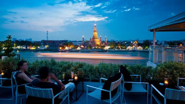ศาลารัตนโกสินทร์ รูฟท็อปบาร์ Sala Rattanakosin Rooftop Bar