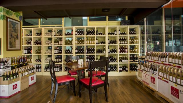 Tapas And Wine Bar By Titania Hotel Rembrandt